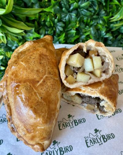 Cornish & Chicken & Leek Pasty Box of 4, Friday